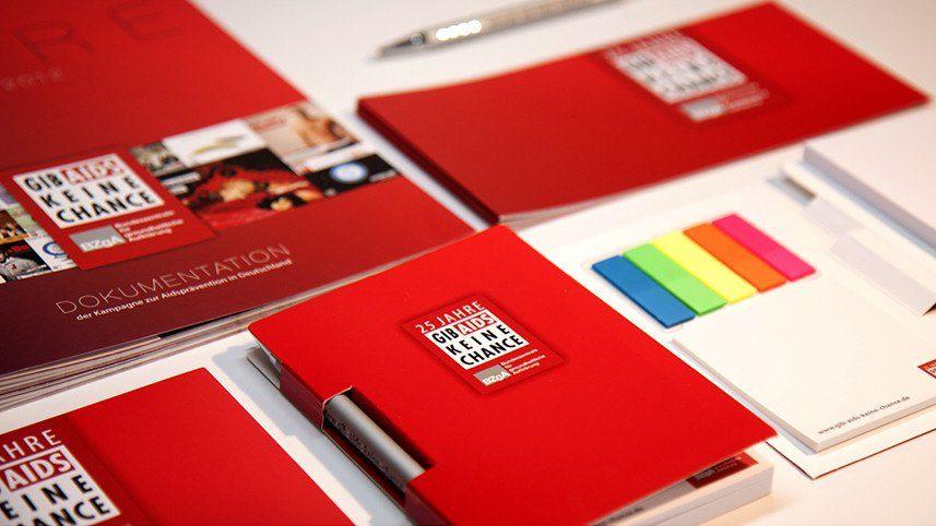 Kakoii Berlin Werbeagentur BZgA 25 Jahre GIB AIDS KEINE CHANCE Informationsmaterialien.